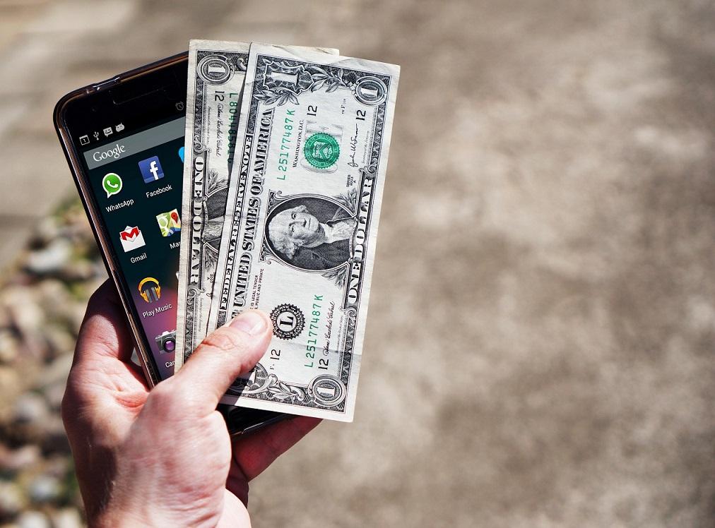 Noile tarife de interconectare pentru telefonia mobilă