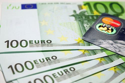 Îmbunătățirea securității tranzacțiilor online cu cardul Revolut