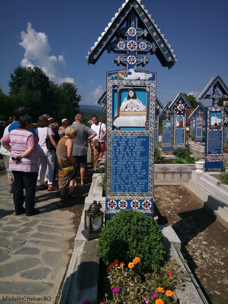 Cimitiru Vesel 11