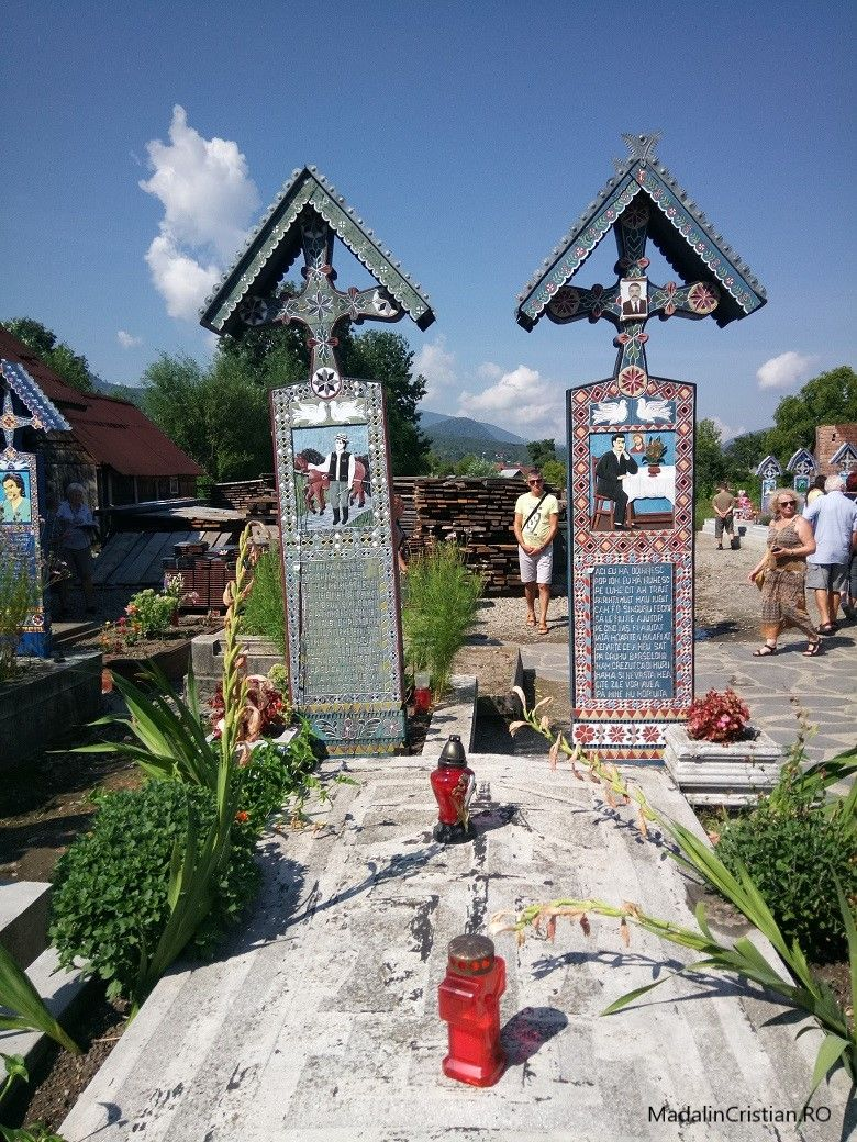 Cimitiru Vesel 12