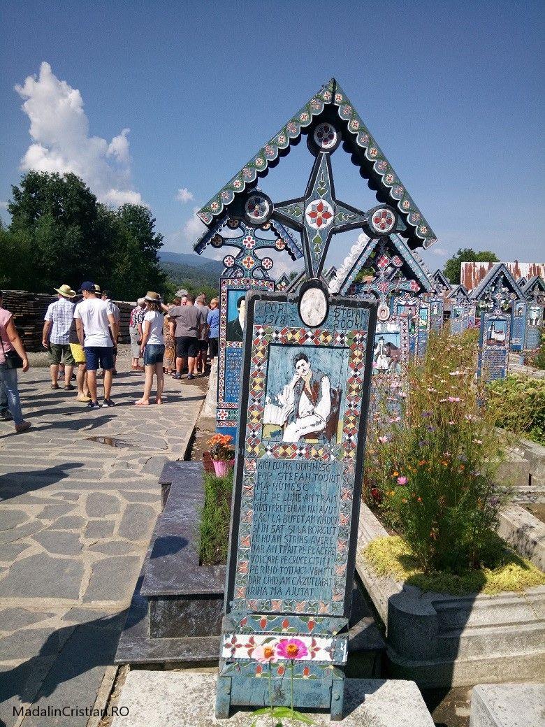 Cimitiru Vesel 8