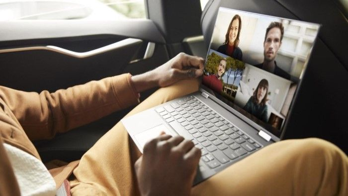 Lenovo Flex 5G PC este disponibil de astăzi în America
