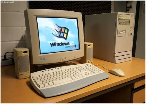 Cum instalezi Windows 95 într-o mașină virtuală?